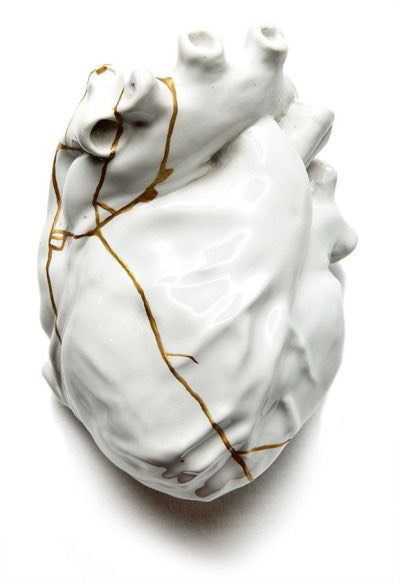 Kintsugi the art of precious scars, healing the heart