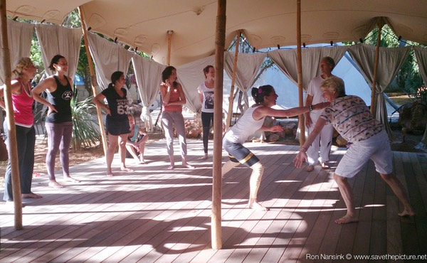 TheFeel ZenmaX energizing intermezzo at Afkes magic Yoga retreat